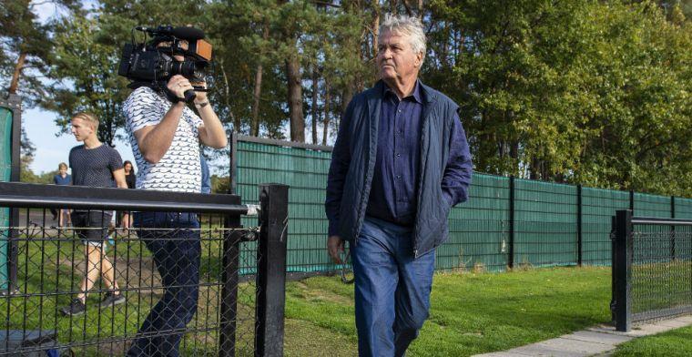Hiddink niet op trainingsveld bij PSV: 'Alles gaat in overleg met technische staf'