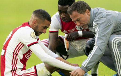 Ten Hag fel na Ziyech-blessure: 'Hoe kun je dat als ervaren analist zeggen?'