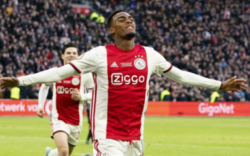 Perez: 'Ajax heeft twee jeugdspelers die beter zijn dan de miljoenenaankopen'