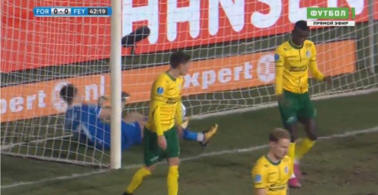 Feyenoord op voorsprong in Sittard door ongelukkige eigen goal van Ciss
