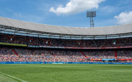 Update: Feyenoord schotelt topschutter (15) eerste profcontract voor