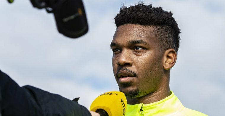 Chelsea haalt doelman op bij Vitesse en leent hem weer uit, ook Baker teruggehaald