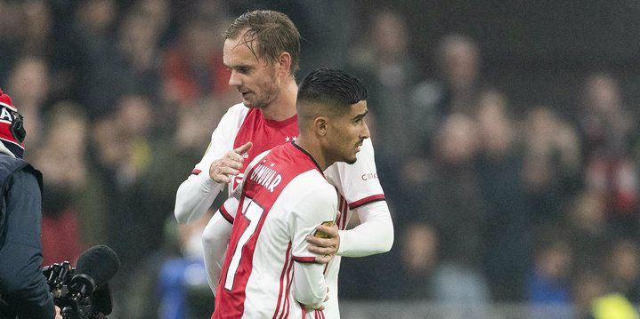 Hattrick De Jong en droomdebuut Ünüvar hoogtepunten bij bekerzege Ajax