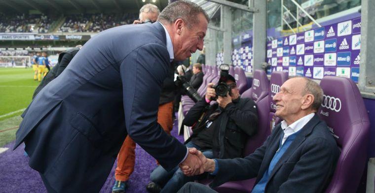 Voetbalwereld neemt afscheid van 'slangenmens' Rensenbrink (72)