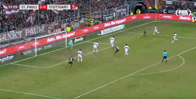 Eredivisie-goal in Duitsland: heerlijke actie Miyaichi, Veerman rondt knap af