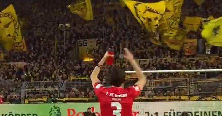 Zo kan het dus ook: prachtig 'welkom terug'-gebaar van Dortmund-fans voor Subotic