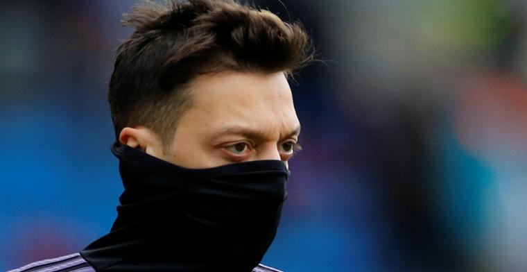 'Özil en moeder paar weken na overval-incident opnieuw bedreigd met de dood'