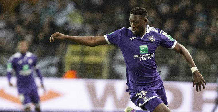 'PSV-verdediger Luckassen krijgt bij Anderlecht bezoek uit Ghana'
