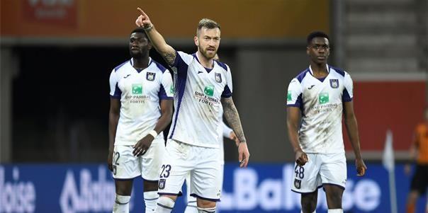 'Zulj speelt opnieuw bij Anderlecht, maar dacht wel aan vertrek uit Lotto Park'