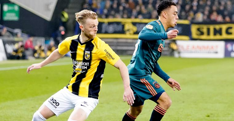 Vitesse-back vreest komst Brenet niet: 'Ken geen angst om mijn plek in het elftal'