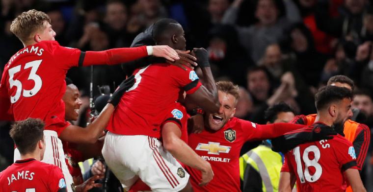 Manchester United wint op Stamford Bridge, Chelsea benadeeld door arbitrage