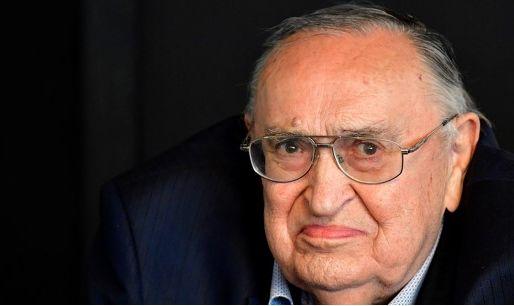 'Ex-voorzitter Lambrecht kan Lokeren redden van het faillissement'