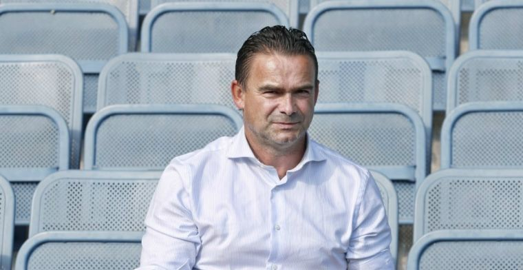 Ajax verscheurt contract De Jong: Ik heb hem veel succes gewenst