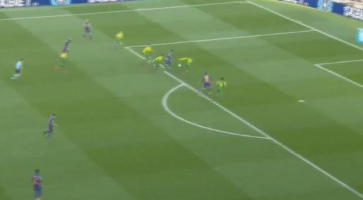 Weergaloos: Messi maakt einde aan 'doelpuntendroogte' met loepzuivere hattrick