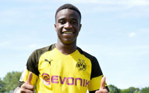 Afbeelding: Supertalent (15) van Dortmund komt eraan: Favre overweegt debuut in maart