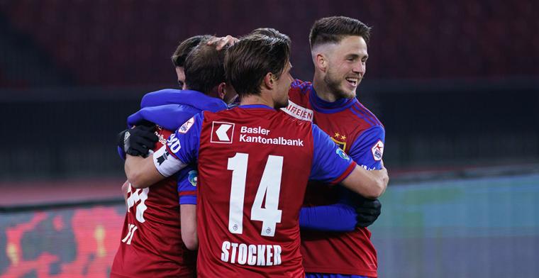 Zwitserland weigert af te wachten: competities voor minstens een maand stilgelegd