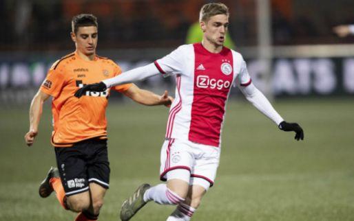 Afbeelding: Pijnlijke avond aan De Dijk voor Jong Ajax: plek 3 kwijt, achterop in titelrace