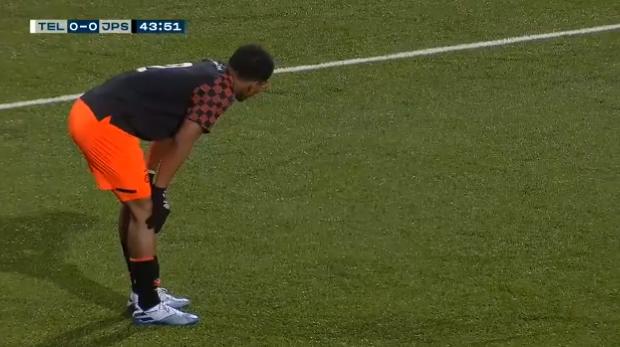 Tikkie terug, Shurandy... Jong PSV doet Telstar zéér knullig eigen doelpunt cadeau