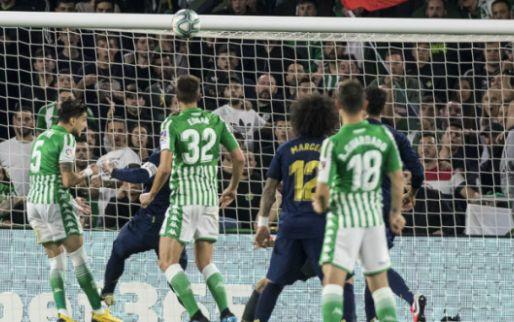 Afbeelding: Real Madrid raakt Clásico-'bonus' alweer kwijt in Sevilla: Barça weer aan kop