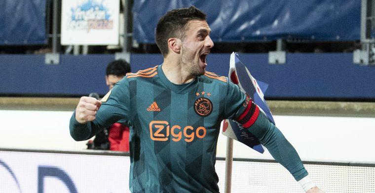 Ajax-spelers 'nemen stuur in handen': 'Ten Hag zelf niet in staat tij te keren'