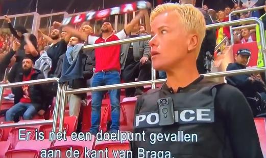 Ellie Lust voelt 'grimmige sfeer' bij Benfica: 'Kijken of we dit in toom houden'