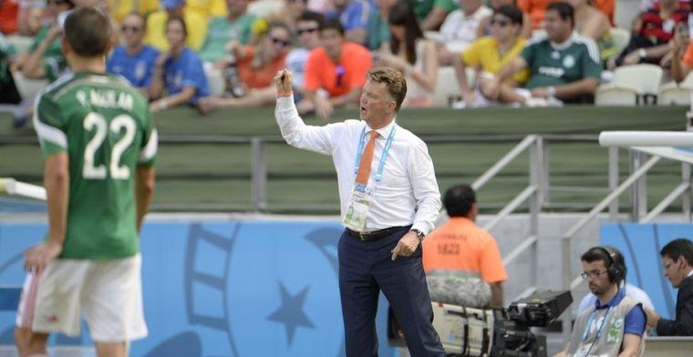 'Van Gaal zei na de wedstrijd tegen Chili: drinken en ontiegelijk veel pissen!'