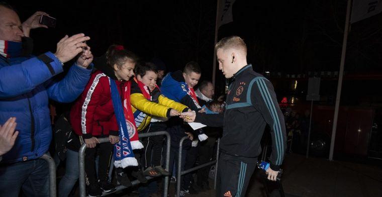 Van de Beek prijkt op voorpagina Marca: 'Concurrentie voor Real Madrid'