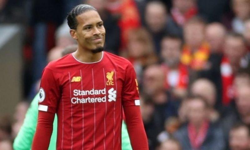Afbeelding: Van Dijk denkt niet aan vertrek bij Liverpool: 'Een legende worden'