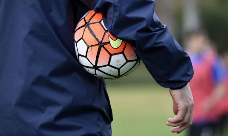 """Afbeelding: Spelersvakbond Sporta zoekt oplossing: """"Dan is er nog het dreigement van UEFA"""""""