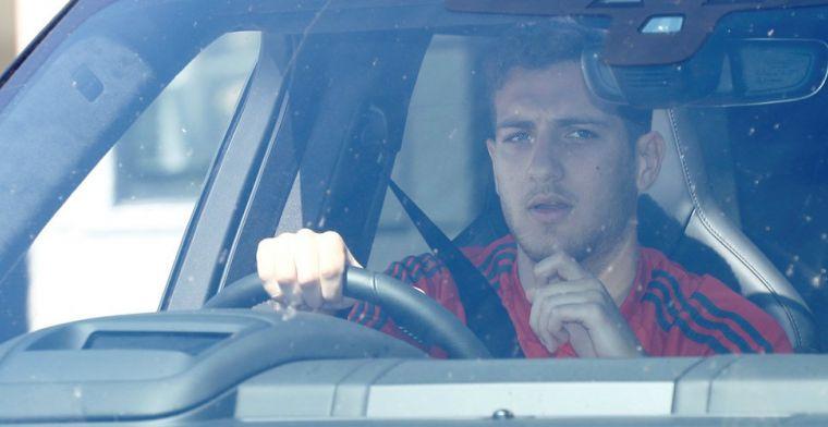 ESPN: Barça en PSG willen United-back, Solskjaer wil niet meewerken