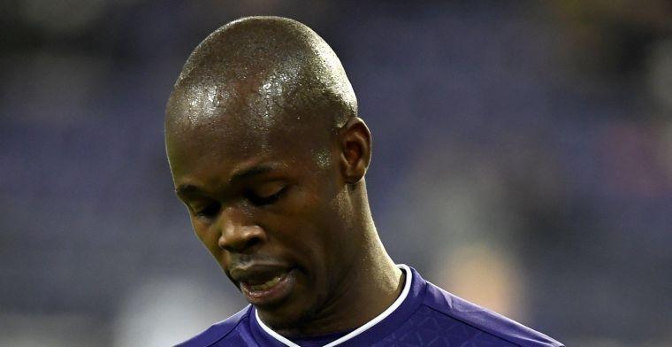 Musona moet vertrekken bij Anderlecht: Nog niet aan tafel gezeten