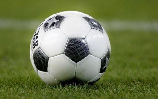 'Ook Anderlecht genoemd in rijtje clubs voor jonge Belgische verdediger'
