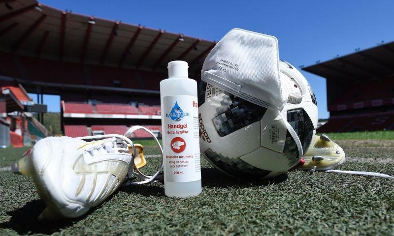 Afbeelding: 'Eerste club haalt spelers en personeel van technische werkloosheid'