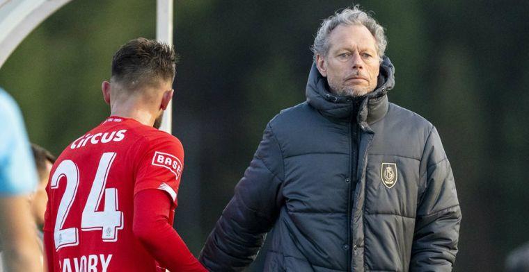 'Voormalig Twente-trainer Preud'homme trekt conclusies en vertrekt bij Standard'