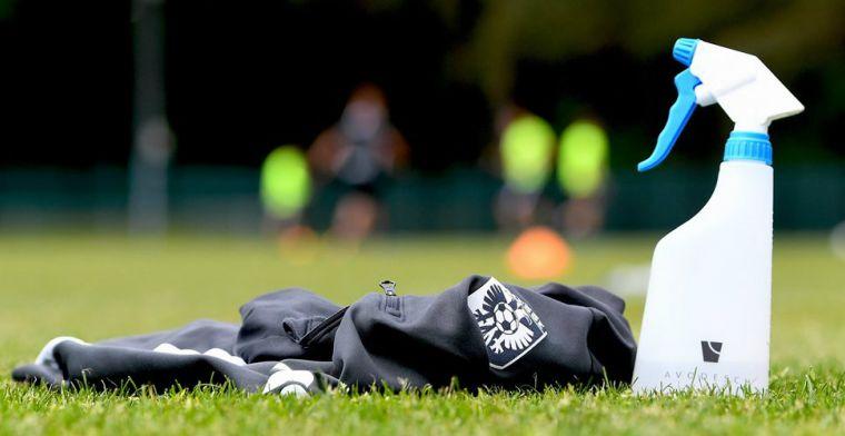 'Groot aantal voetbalvoorschriften: niet samen douchen, terughoudend met telefoon'