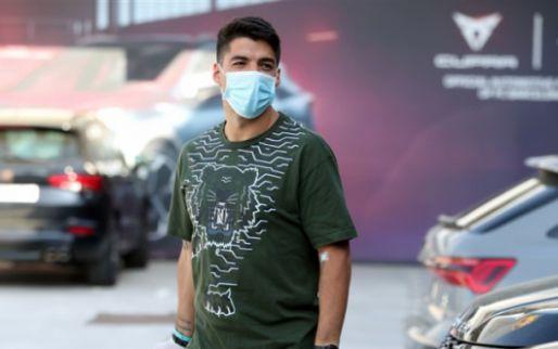 Barcelona heeft na 147 dagen heugelijk nieuws: Suárez is 'ontslagen'