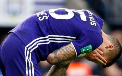 Afbeelding: Vranjes luistert naar Anderlecht en neemt afscheid van AEK: 'Bedankt voor alles'