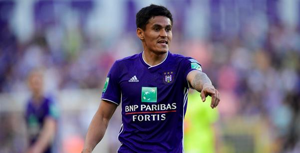 OFFICIEEL: Najar neemt na zeven seizoenen afscheid van Anderlecht