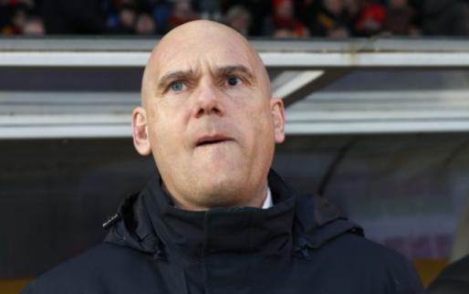 Afbeelding: 'Van Wijk claimt premie van 20.000 euro, ondanks ontslag na zeven wedstrijden'