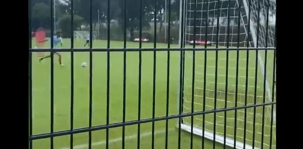 Ziyech sluit Ajax-tijdperk af met tergend langzame panenka op de training