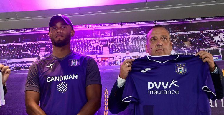 Oeps! 'Foutje in het nieuwe shirt van RSC Anderlecht'