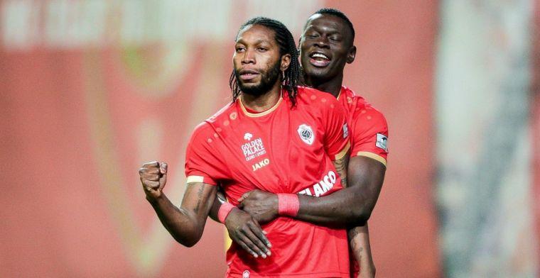 Mbokani laat zich na contractverlenging bij Antwerp uit over einde van carrière