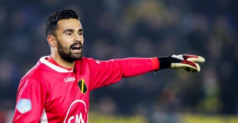 Witte rook boven Het Kasteel: doelman Van Leer komt over van Ajax