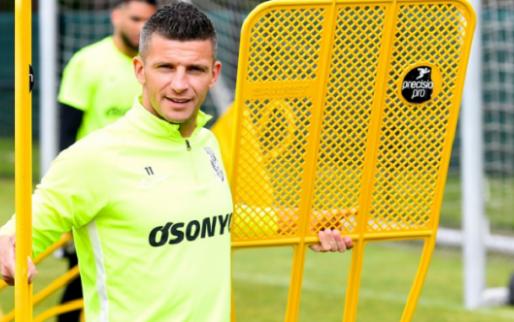 'Driemaal is scheepsrecht: Feyenoord gaat Linssen maandag presenteren'