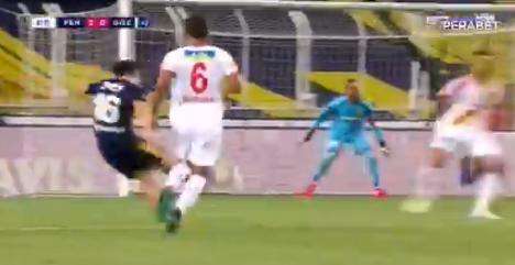 Kadioglu is met twee goals de grote man bij Fenerbahçe