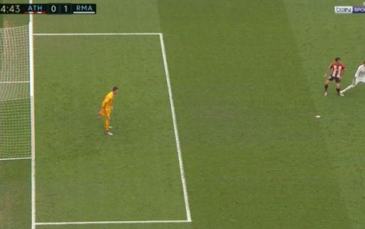 Ernstig gemeen spel of een ongelukje? Ramos landt met noppen op enkel tegenstander