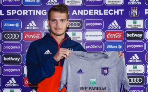 Jonge verdediger neemt na acht seizoenen afscheid van Anderlecht