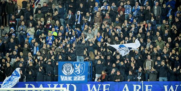 'Belgische profclubs hopen op 800 supporters in bubbels van 15 personen'