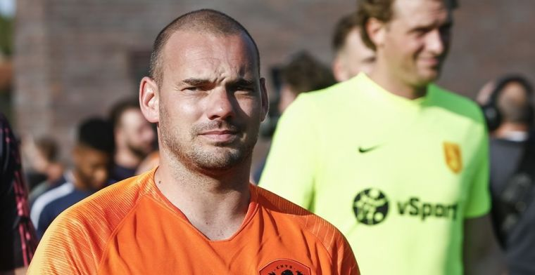 'Sneijder pakt door en maakt serieus werk van comeback als voetballer'