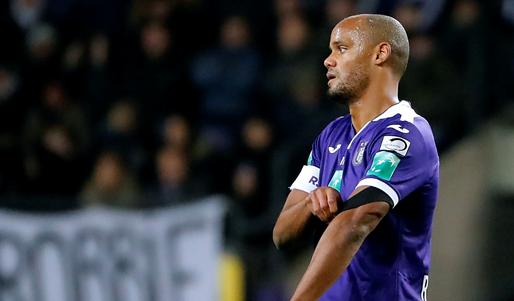 'Anderlecht wil vier verdedigers lozen, makelaars spreken van voldoende belangstelling'